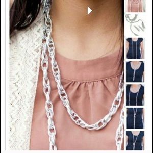 5/$20 Paparazzi Scarf Necklace silver gold color